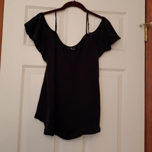 Lulu's Black Off Shoulder Shirt Smalll